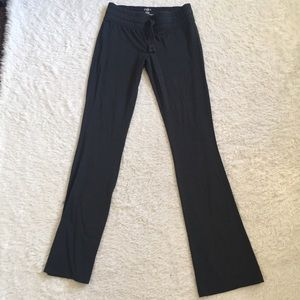 Dark gray yoga legging pants